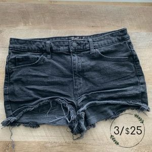Universal Thread Black High Rise Shortie Shorts